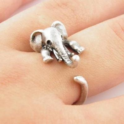 Retro Adjustable Elephant Animal Wrap Ring Silver Color