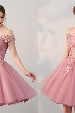 Pink Off Shoulder Short Sleeve Homecoming Dresses With Lace Tulle