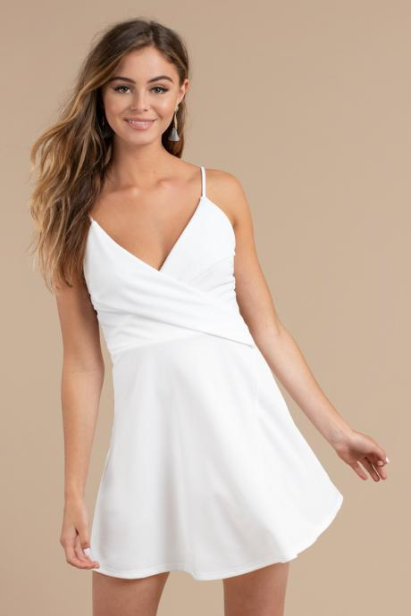 Sweetheart White Straps V-neck Short Homecoming Dresses