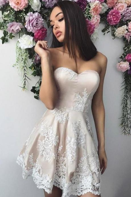 Pearl Pink Strapless Floral Applique Short Homecoming Dresses