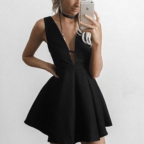 Black Strapless Short Homecoming Dress,Sexy Deep V Neck Homecoming Dress