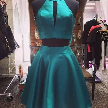 Green Backless Two Piece Stain Homecoming Dresses With Bowknot